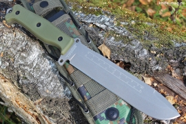 Survivalist X AUS-8 Stone Wash Green G-10